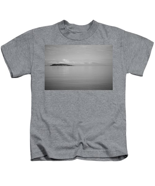 Be Still My Ocean  Kids T-Shirt