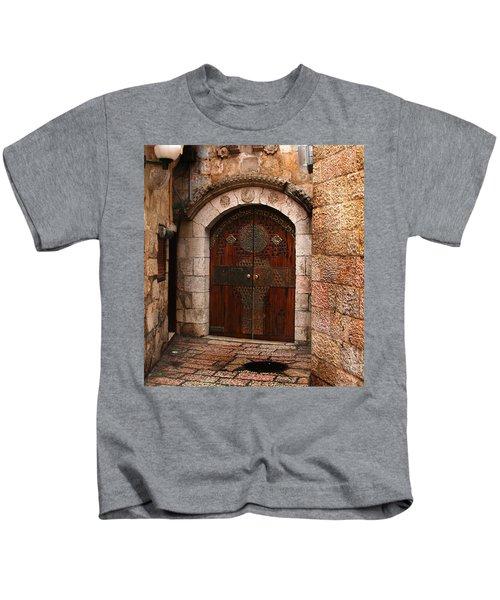 Door In Jerusalem Kids T-Shirt