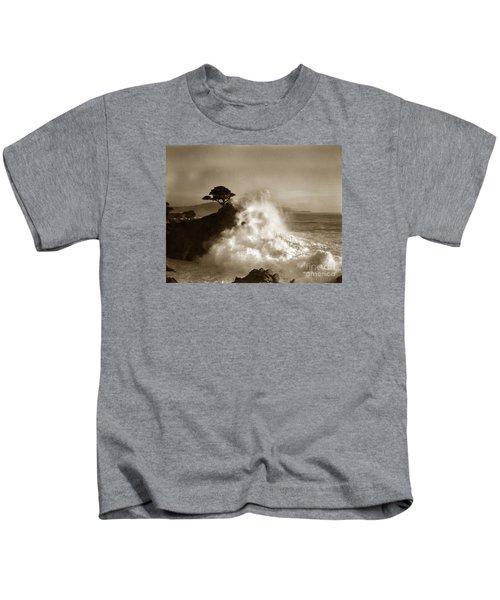 Big Wave Hitting The Lone Cypress Tree Pebble Beach California 1916 Kids T-Shirt