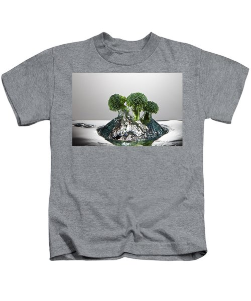 Broccoli Freshsplash Kids T-Shirt by Steve Gadomski