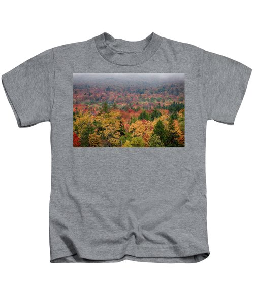Cabin In Vermont Fall Colors Kids T-Shirt