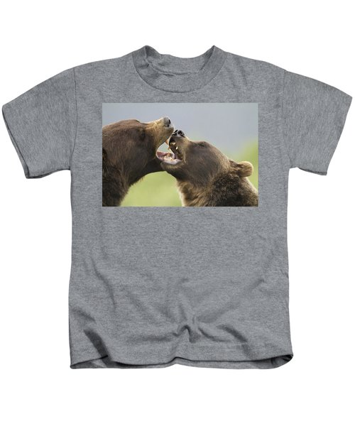 Captive Close Up Of A Pair Of Brown Kids T-Shirt