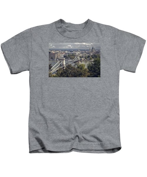 Chain Bridge Gresham Palace And Basilica Kids T-Shirt