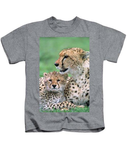 Cheetah Mother And Cub Kids T-Shirt