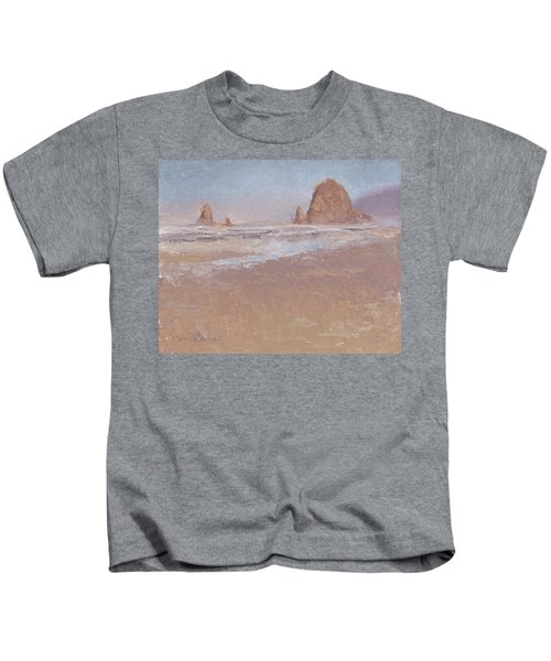 Coastal Escape  Cannon Beach Oregon And Haystack Rock  Kids T-Shirt