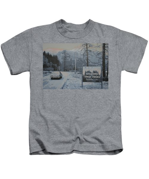Entering The Town Of Twin Peaks 5 Miles South Of The Canadian Border Kids T-Shirt