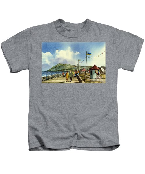 As I Walk Along The Promenade With An Independant Air  ....... Kids T-Shirt