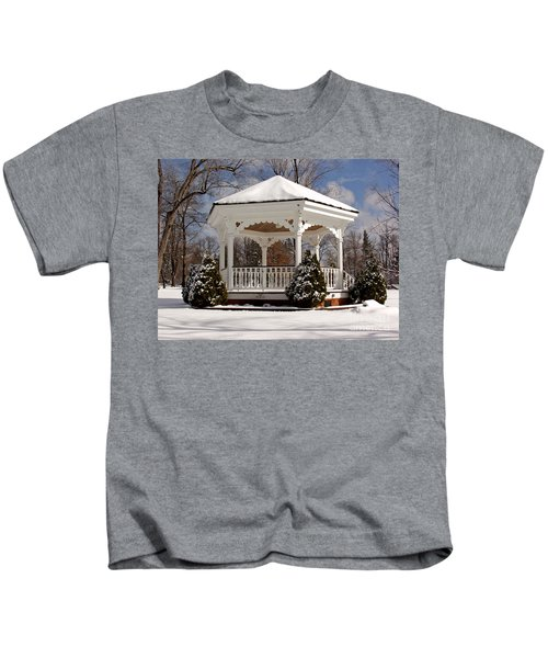Gazebo At Olmsted Falls - 2 Kids T-Shirt