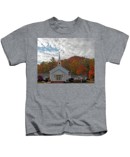 Glenville In Autumn  Kids T-Shirt