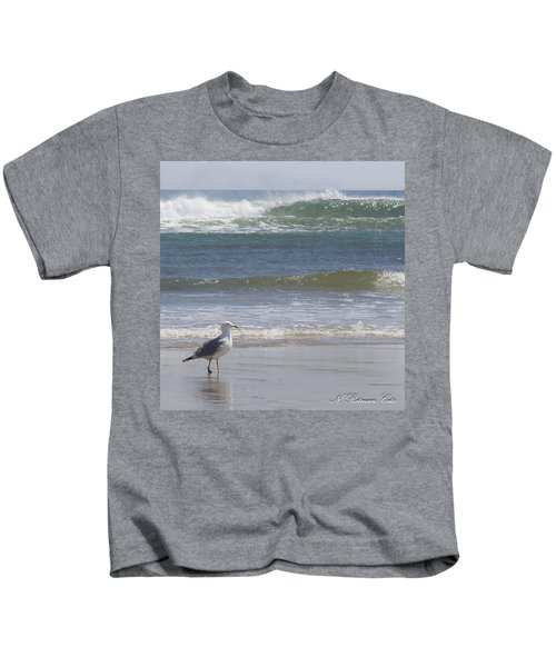 Gull With Parallel Waves Kids T-Shirt