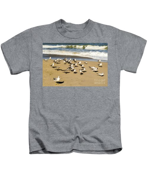 Gulls At The Beach Kids T-Shirt