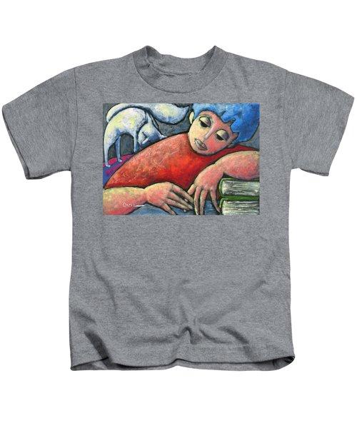 Haciendo Tareas En Mi Cuarto Kids T-Shirt
