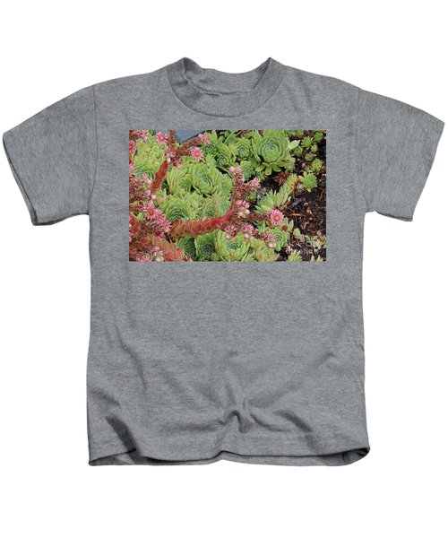 Hen And Chick In Bloom Kids T-Shirt