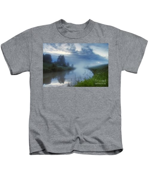 In The Morning At 02.57 Kids T-Shirt