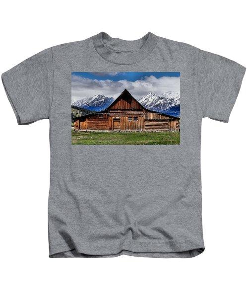 T A Moulton Barn Kids T-Shirt