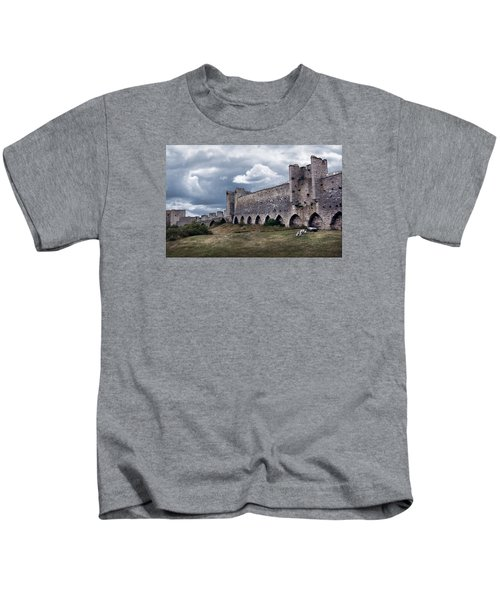 Medieval City Wall Defence Kids T-Shirt