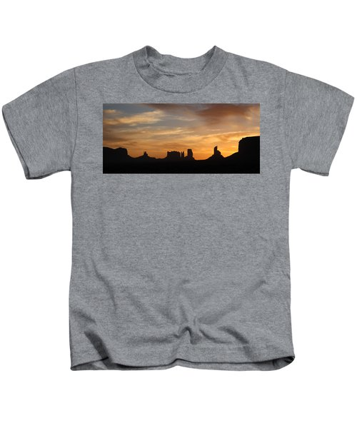 Monument Valley Sunrise Kids T-Shirt