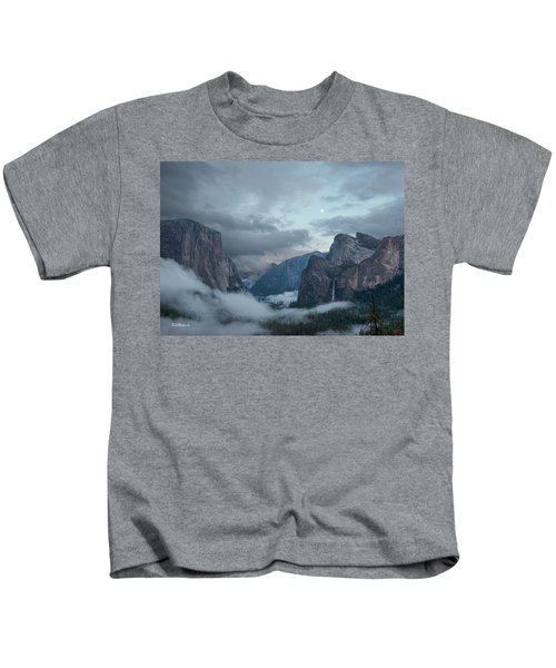 Moon Rise Yosemite Kids T-Shirt