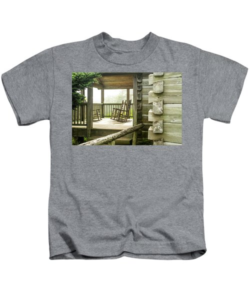 Mount Leconte Lodge Porch, Great Smoky Kids T-Shirt