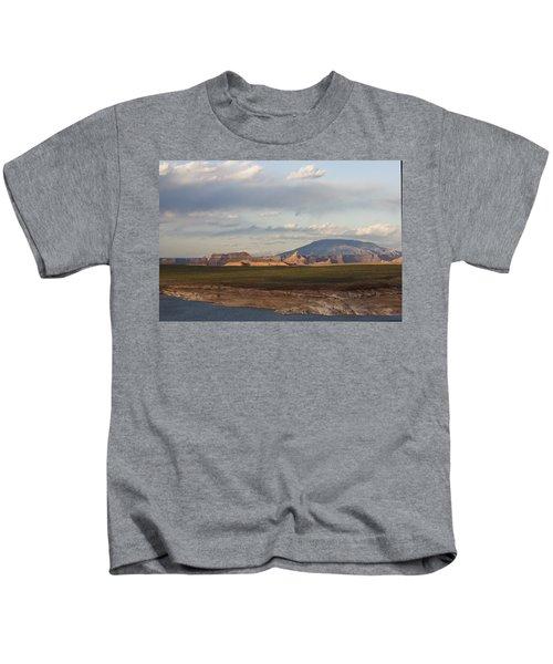 Navajo Mountain View Kids T-Shirt