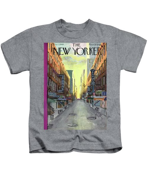 New Yorker May 1st, 1948 Kids T-Shirt