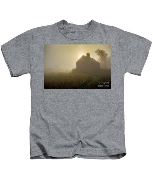 Old Barn Foggy Morning Kids T-Shirt