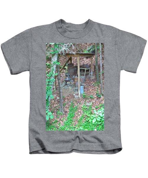 Old Mountain Still Kids T-Shirt