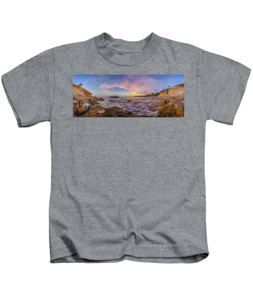 Panorama The Whole Way Round The Cove Kids T-Shirt