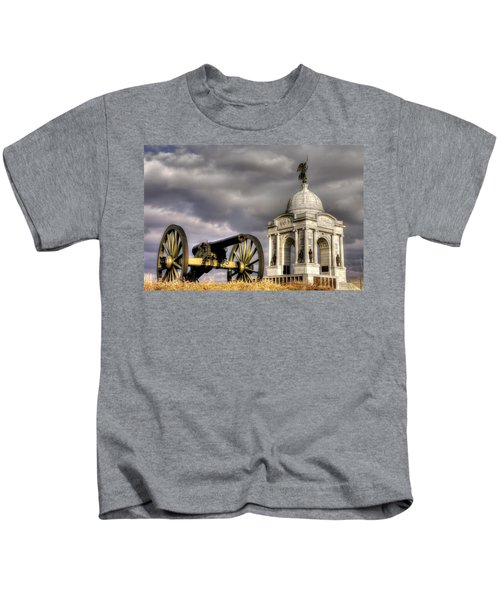 Pennsylvania At Gettysburg 1a - State Monument - Hancock Ave At Pleasonton Ave Late Afternoon Winter Kids T-Shirt