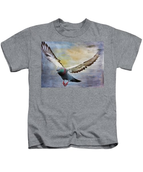 Pigeon On Wing Kids T-Shirt