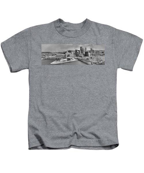 Pittsburgh Black And White Winter Panorama Kids T-Shirt