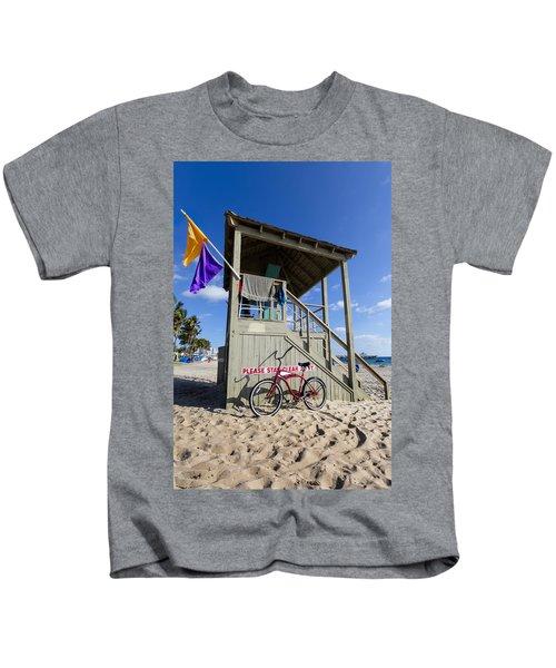 Red Bike At The Beach Kids T-Shirt