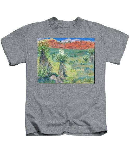 Red Rock Canyon With Yucca Kids T-Shirt