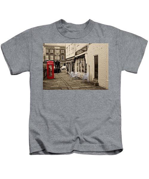 Red Telephone Box Kids T-Shirt