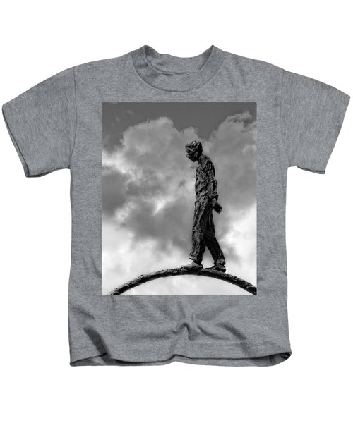 Ring Walker II Kids T-Shirt