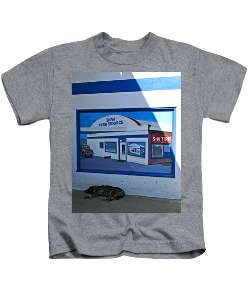 S And W Tire Service Mural Kids T-Shirt