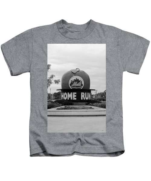 Shea Stadium Home Run Apple In Black And White Kids T-Shirt