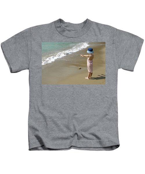 Small Girl Wearing A Summer Hat Kids T-Shirt