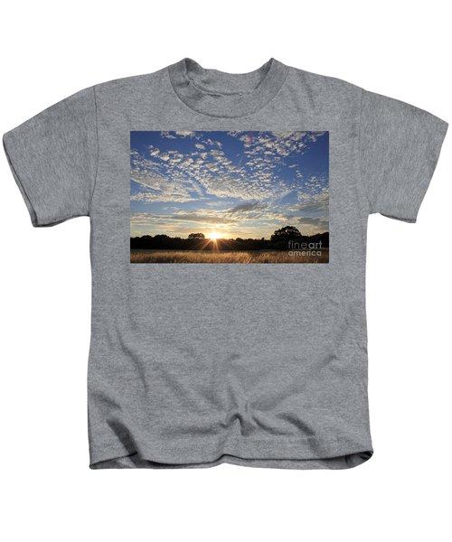 Spectacular Sunset England Kids T-Shirt