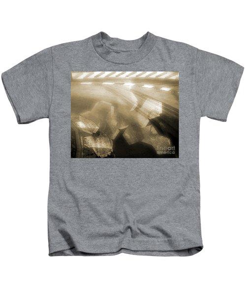 Stood A Man On The Corner. Kids T-Shirt