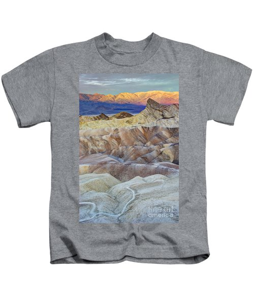 Sunrise In Death Valley Kids T-Shirt by Juli Scalzi