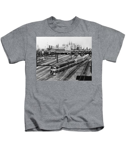 The Crusader Streamliner Train Kids T-Shirt