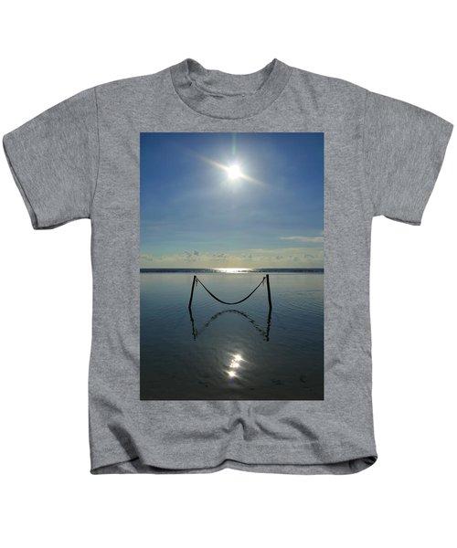 Tres Luces Kids T-Shirt