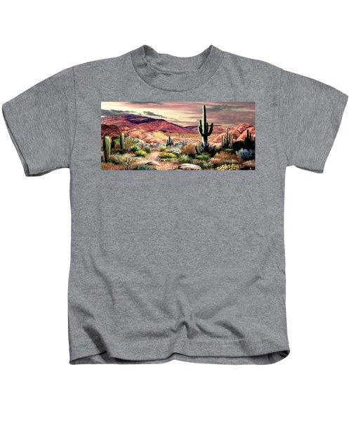 Watching The Sunset  2 Kids T-Shirt