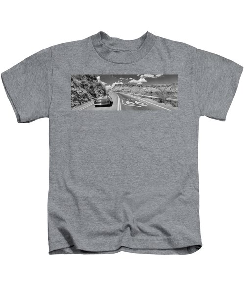 Vintage Car Moving On The Road, Route Kids T-Shirt