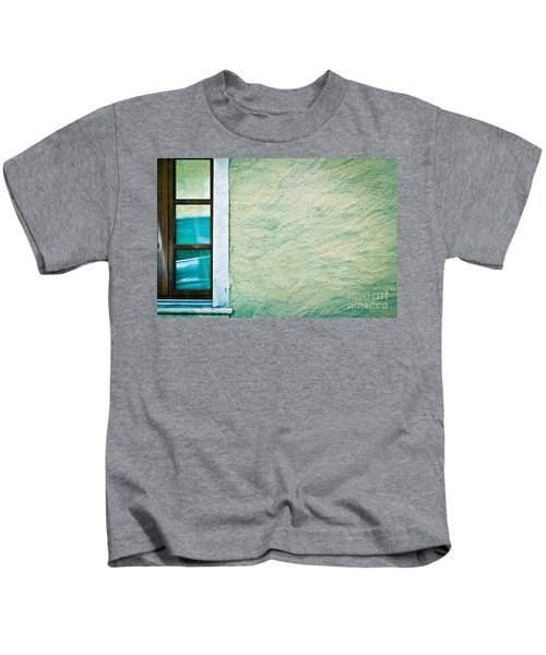 Wavy Wall With Window Kids T-Shirt
