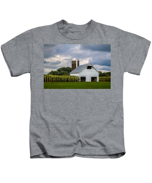 White Barn And Silo With Storm Clouds Kids T-Shirt