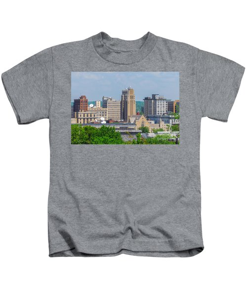 D39u-2 Youngstown Ohio Skyline Photo Kids T-Shirt