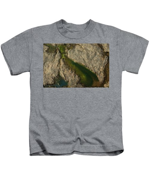 Another World Iv Kids T-Shirt
