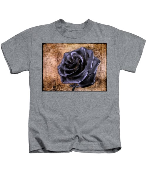 Black Rose Eternal   Kids T-Shirt